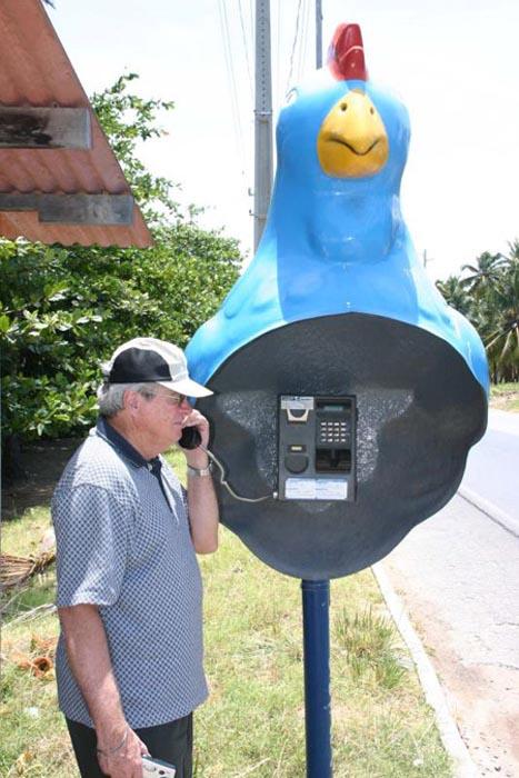 Παράξενοι τηλεφωνικοί θάλαμοι (14)