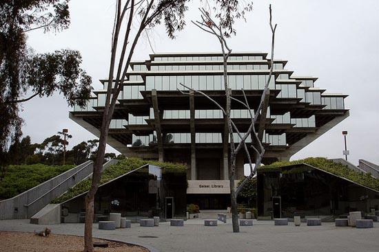 8 από τις πιο εντυπωσιακές βιβλιοθήκες στον κόσμο (2)