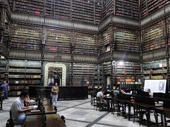 8 από τις πιο εντυπωσιακές βιβλιοθήκες στον κόσμο (6)