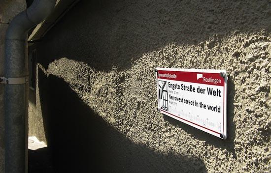 Ο πιο στενός δρόμος στον κόσμο | Otherside.gr (4)