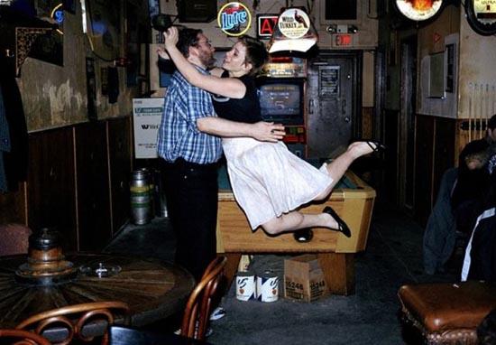 Της αρέσει να ρίχνεται στους άνδρες... στην κυριολεξία! (9)