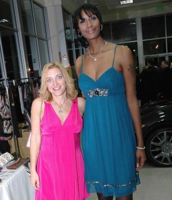 Οι ψηλότερες γυναίκες του κόσμου (6)