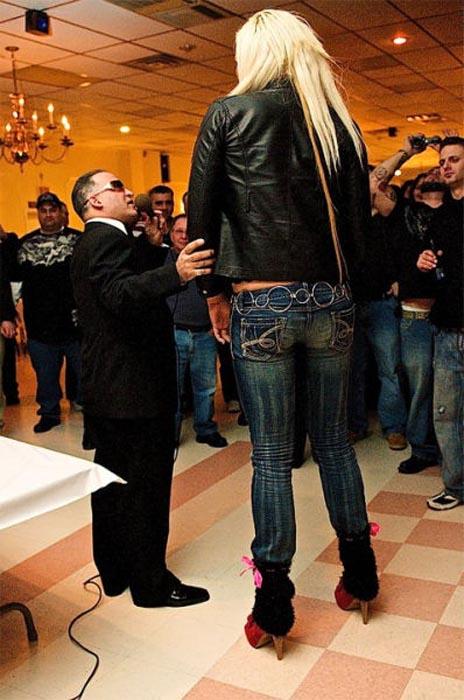 Οι ψηλότερες γυναίκες του κόσμου (18)