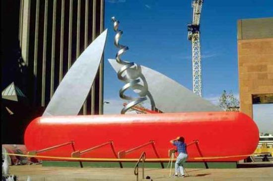 Η... τεράστια τέχνη του Claes Oldenburg (10)