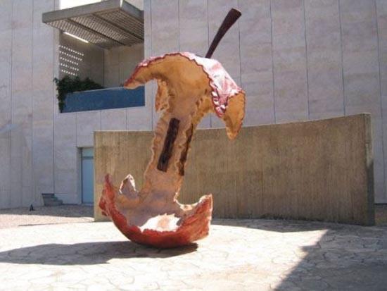 Η... τεράστια τέχνη του Claes Oldenburg (12)