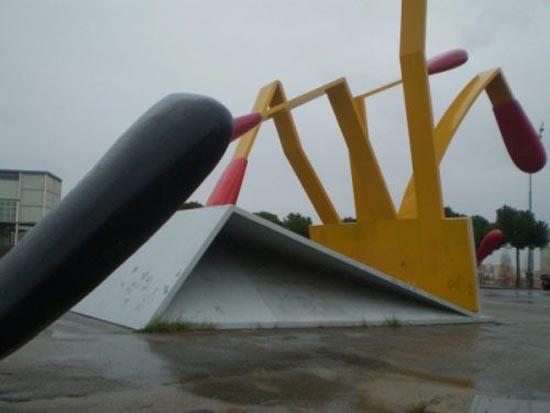 Η... τεράστια τέχνη του Claes Oldenburg (21)