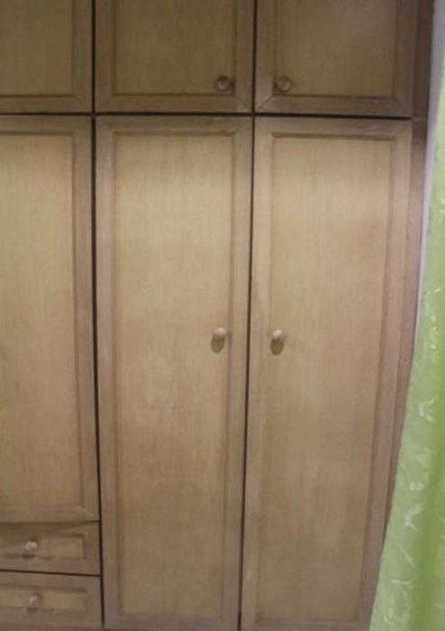 Τι κρύβει αυτή η ντουλάπα; (2)