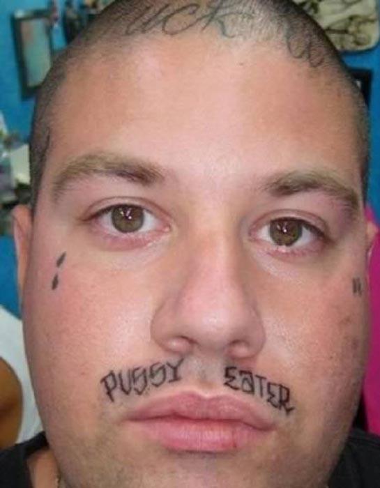 Τα 11 χειρότερα τατουάζ του 2011   Otherside.gr (6)