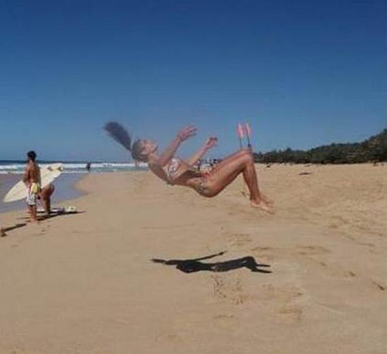 Ασυνήθιστη Cheerleader (1)