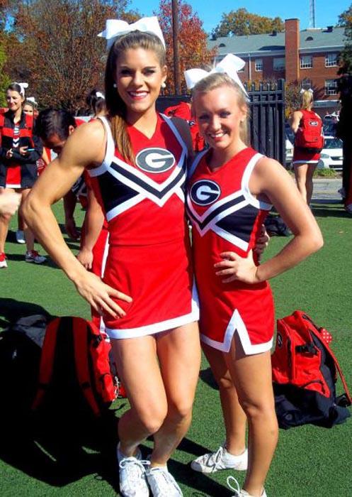 Ασυνήθιστη Cheerleader (4)
