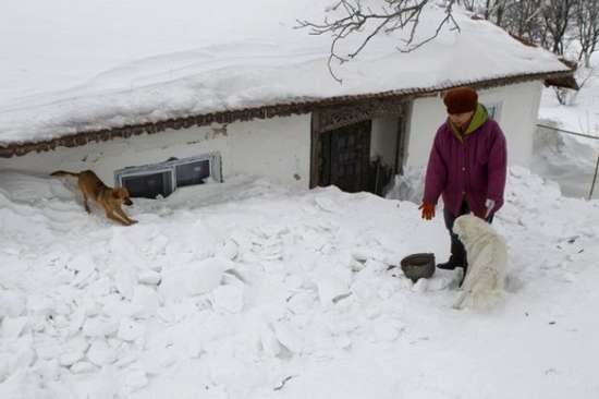 Αυτό θα πει ΠΟΛΥ χιόνι (4)