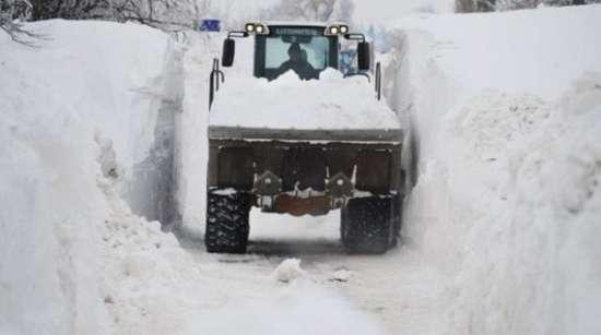 Αυτό θα πει ΠΟΛΥ χιόνι (10)