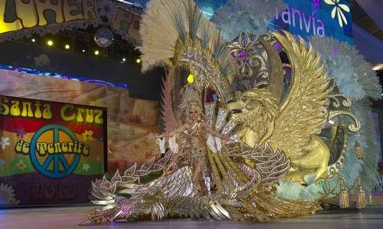 Εντυπωσιακές στολές σε ισπανικό καρναβάλι (7)