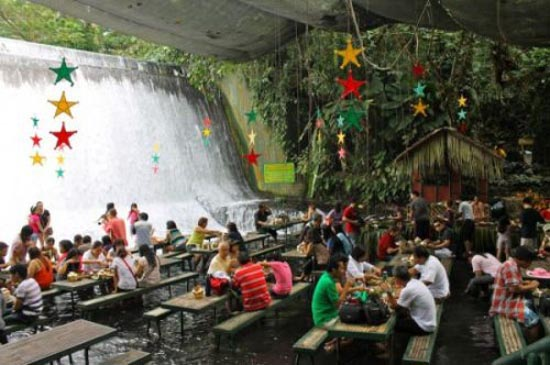 Εστιατόριο σε καταρράκτη (3)
