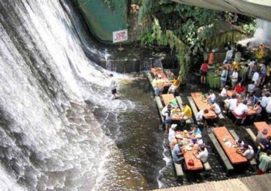 Εστιατόριο σε καταρράκτη | otherside.gr (17)