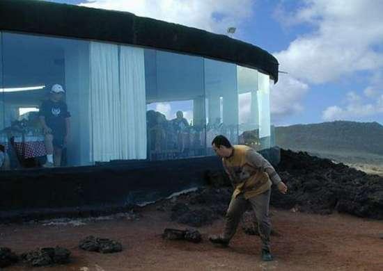 Εστιατόριο πάνω σε ηφαίστειο (2)