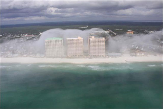 Απίστευτο μετεωρολογικό φαινόμενο στη Florida (5)