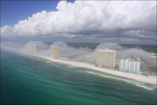 Απίστευτο μετεωρολογικό φαινόμενο στη Florida (4)