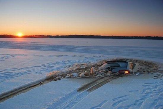 Οδήγηση στην παγωμένη λίμνη (1)
