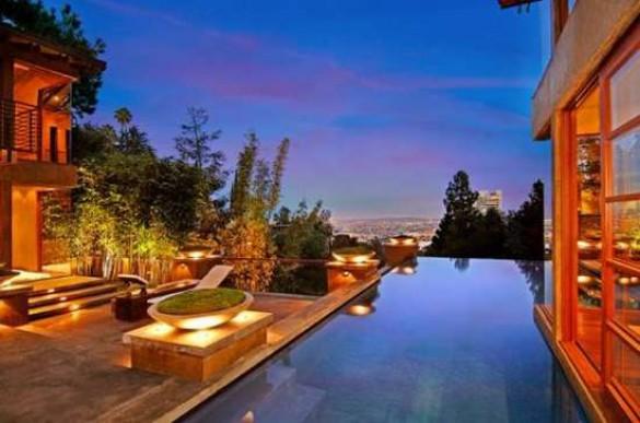 Ονειρεμένο σπίτι στο Hollywood (1)