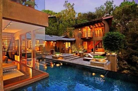 Ονειρεμένο σπίτι στο Hollywood (2)