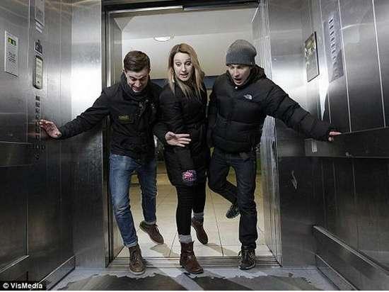 Τρομακτικές οφθαλμαπάτες σε ασανσέρ (4)