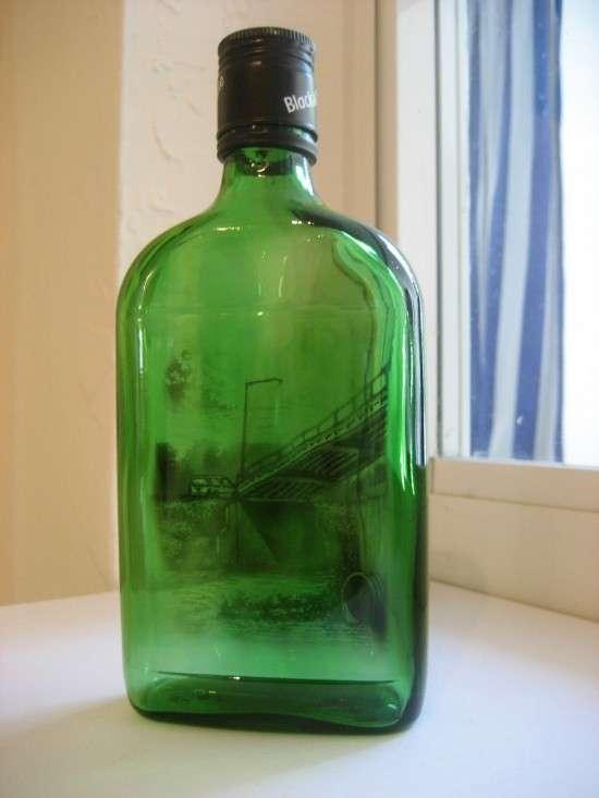 Ζωγραφική με καπνό μέσα σε μπουκάλια (5)