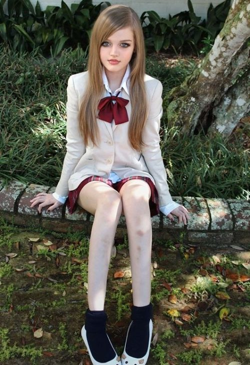 Dakota Rose: Το κορίτσι που μοιάζει με κούκλα (1)