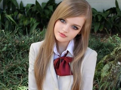 Dakota Rose: Το κορίτσι που μοιάζει με κούκλα (2)