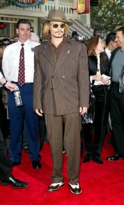 Τα διαφορετικά στυλ του Johnny Depp από το 1994 μέχρι σήμερα (4)