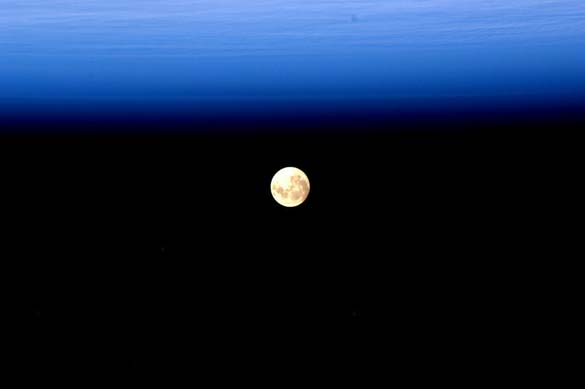 Εξωπραγματικές φωτογραφίες της Γης από έναν αστροναύτη (7)