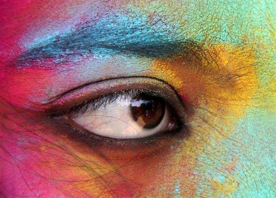 Το φεστιβάλ των χρωμάτων στην Ινδία (1)
