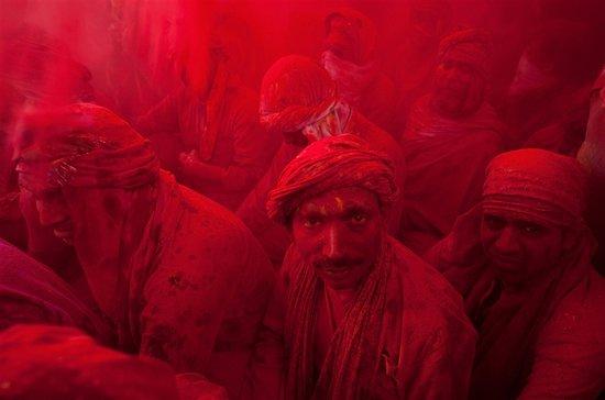 Το φεστιβάλ των χρωμάτων στην Ινδία (3)