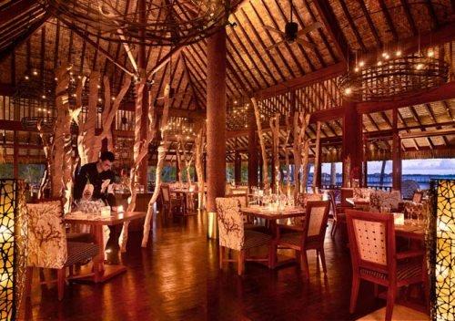Four Seasons Resort Bora Bora (1)