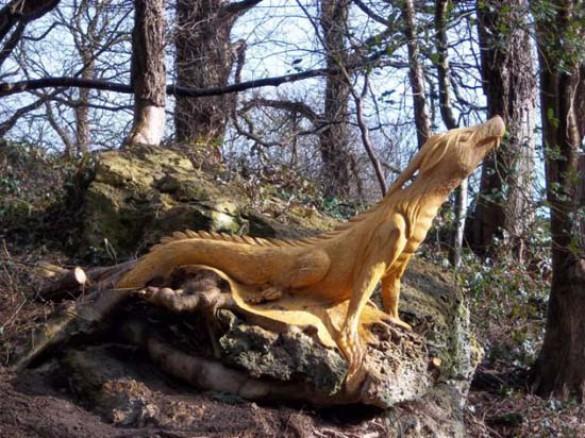 Απίστευτα γλυπτά με αλυσοπρίονο σε κορμούς δέντρων (1)