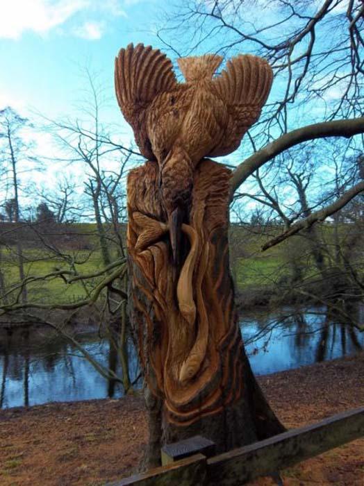 Απίστευτα γλυπτά με αλυσοπρίονο σε κορμούς δέντρων (2)
