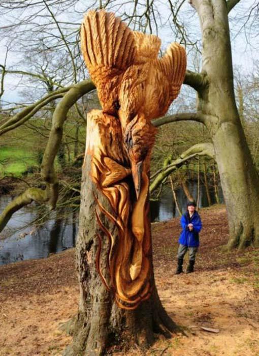 Απίστευτα γλυπτά με αλυσοπρίονο σε κορμούς δέντρων (4)