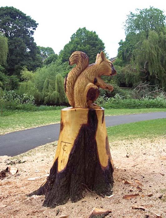 Απίστευτα γλυπτά με αλυσοπρίονο σε κορμούς δέντρων (21)