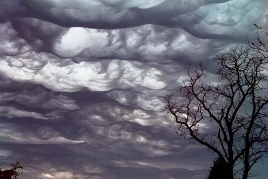 Μοναδικοί σχηματισμοί σύννεφων (4)