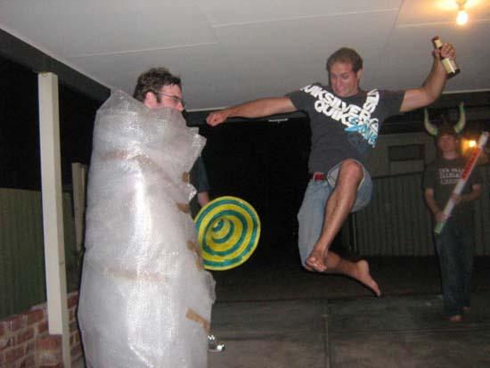 Φωτογραφίες από πάρτι τραβηγμένες την κατάλληλη στιγμή (12)