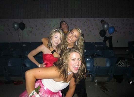 Φωτογραφίες από πάρτι τραβηγμένες την κατάλληλη στιγμή (14)