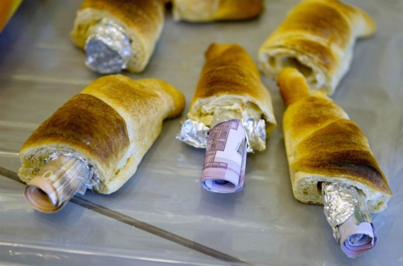 Φωτογραφία της ημέρας: Κρουασανάκια με γέμιση... ευρώ!