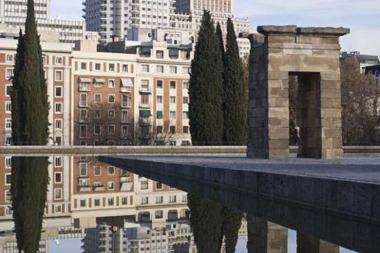 10 πανέμορφες πόλεις καθρεφτίζονται στο νερό (5)