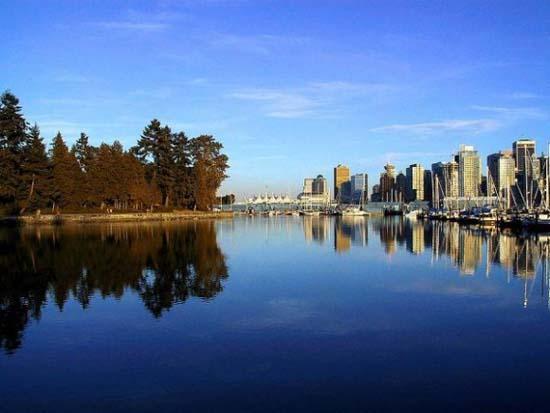 10 πανέμορφες πόλεις καθρεφτίζονται στο νερό (10)