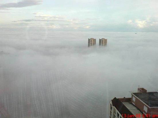 Πόλεις στα σύννεφα (3)