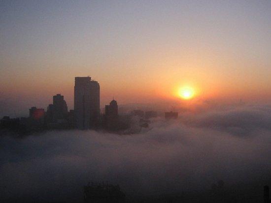 Πόλεις στα σύννεφα (6)