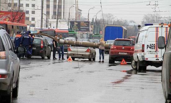 Αναπάντεχο τροχαίο ατύχημα στη Ρωσία (2)