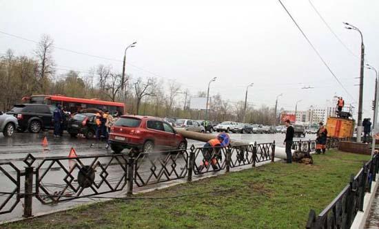 Αναπάντεχο τροχαίο ατύχημα στη Ρωσία (3)