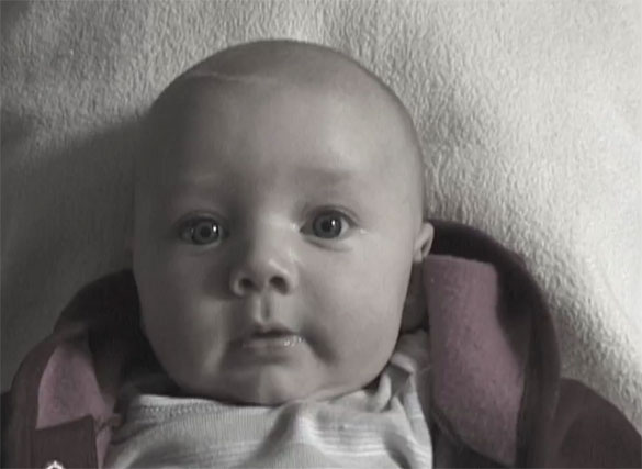 Από την γέννηση σε αγόρι 9 ετών μέσα σε 2 λεπτά