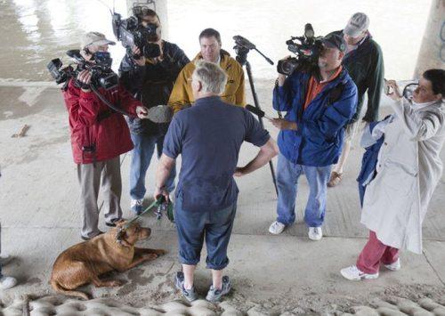 Η ασυνήθιστη διάσωση ενός σκύλου (19)